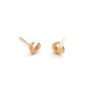 Small handmade horseshoe stud earring in Vermeil Gold by Cynthia Jones