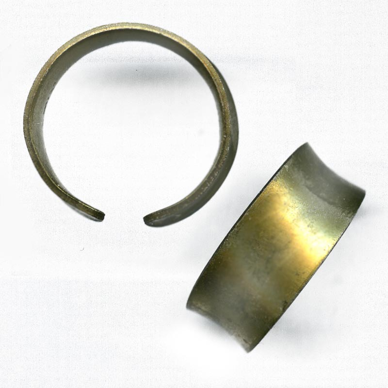 b9-0986-Vintage brass finger ring base, 5-9mm wide pkg of 1