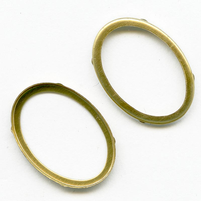 b9-0962-Solid brass bezel setting for 19x14mm cabochon. Pkg of 4