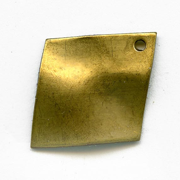 Vintage stamped brass wavy diamond pendant, 25x20mm pkg of 6. b9-0961(e)