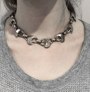 Napier modernist sterling silver link necklace. nlvs721e
