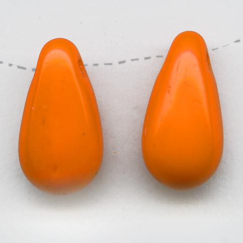 Vintage opaque persimmon glass teardrop pendant Czechoslovakia,14x7mm pkg of 10. b11-yo-0919(e)