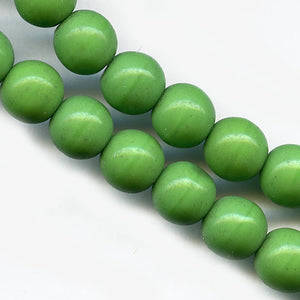 Vintage Czech opaque pea green glass rounds 8mm pkg of 10. b11-gr-0998(e)