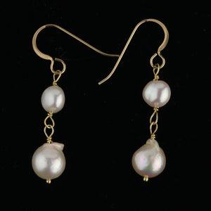 Vintage estate Japanese Akoya baroque pearl drop earrings. Japan, 1980s. erfn116