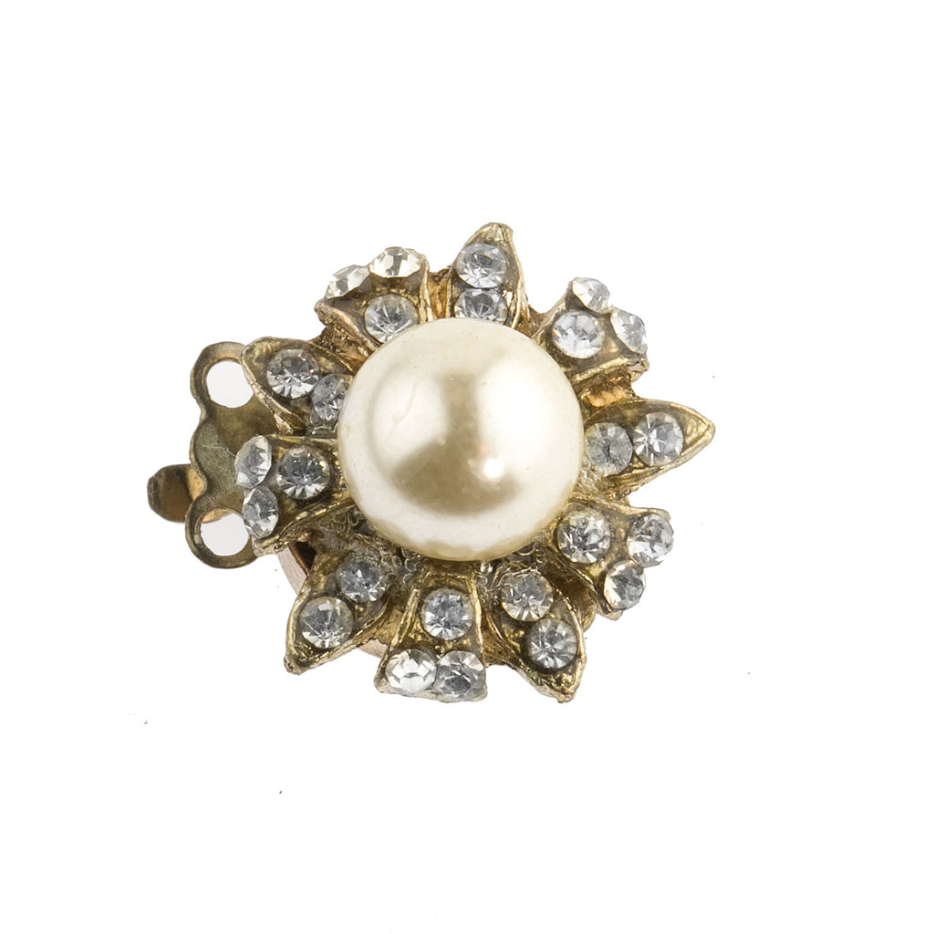 Vintage 2-strand fancy gold metal box clasp with a glass pearl encircled by pave rhinestones. 17mm. b8-357