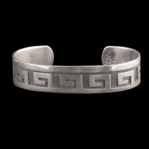 Vintage sterling silver Taxco Mexico Greek Key design cuff bracelet. brvs968