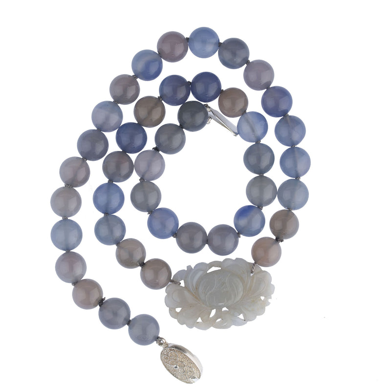 Vintage natural blue and grey Chalcedony agate bead necklace with carved pendant. nlbd1262