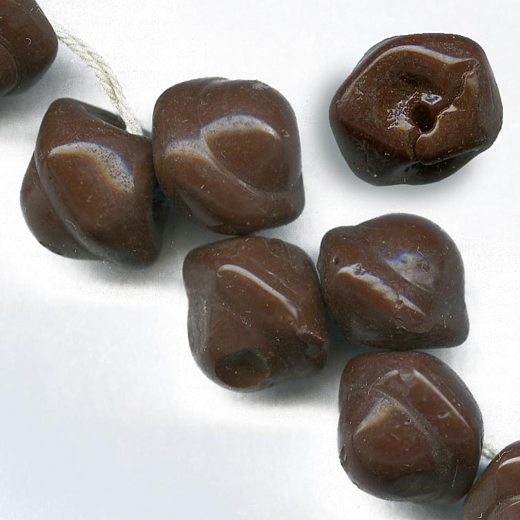 Vintage Czech chocolate brown molded glass button beads 9x11mm pk of 4. b11-br-0756(e)