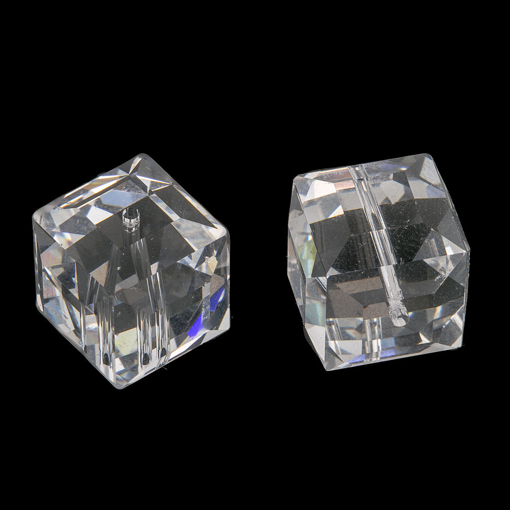 b11-cr-0447-Swarovski 14mm mm Faceted Cube (5601) - clear crystal. Pkg of 1