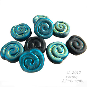 Matte black flat spiral disks with blue and green vitrail finish on one side. 10mm. 25 pcs. b11-mi-1179(e)