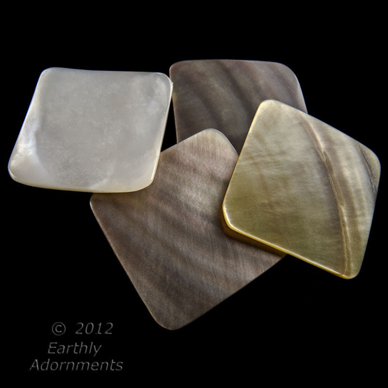 Vintage mother of pearl 20mm square tiles in a gradiant of colors, 4pcs. b15-mop118(e)