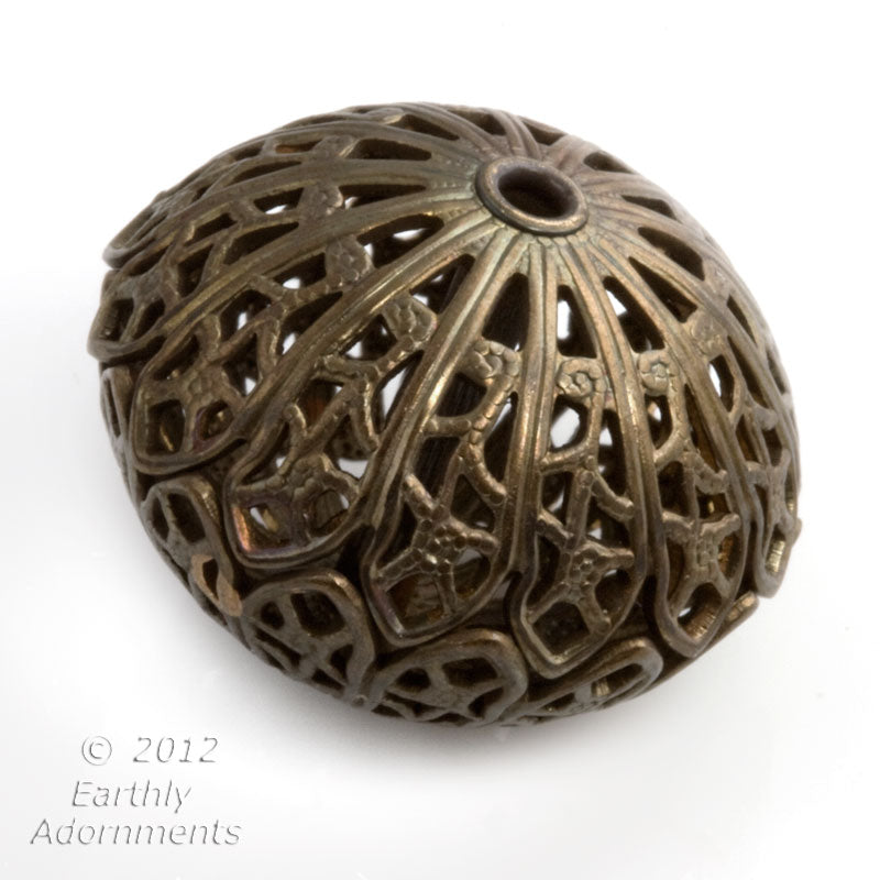 b18-0113-Solid brass filigree large flattened round beads, 16x20mm. Pkg of 1