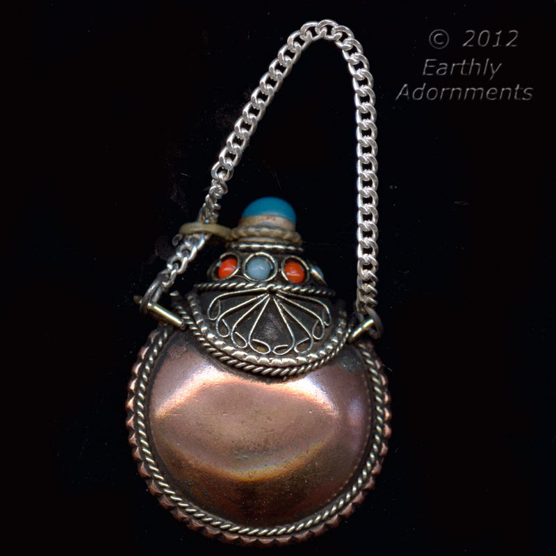 Copper snuff bottle pendant. Nepal. 42x33mm. b18-0337