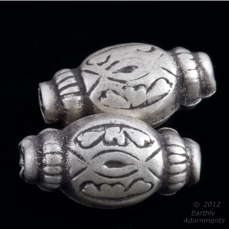 Old coin silver bead from India 27x14x12mm 1 pc. b18-0350(e)