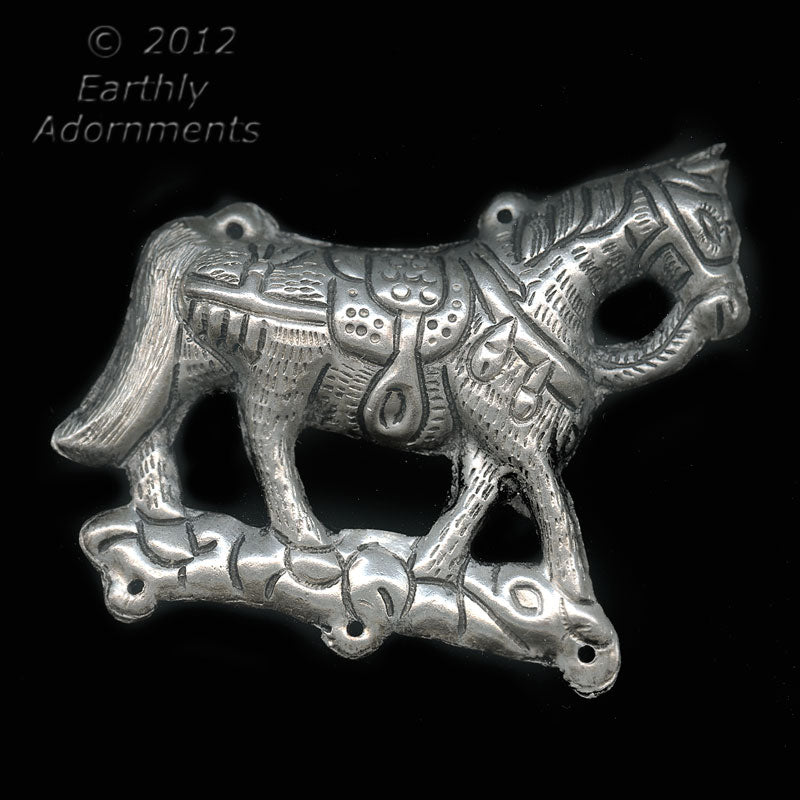 Vintage Chinese silver metal double sided horse pendant, Ching Dynasty reproduction, 94x70mm. b18-0374(e)