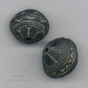 African terracotta Spindle Whorl Beads, 28x25mm, sold individually. b2-488