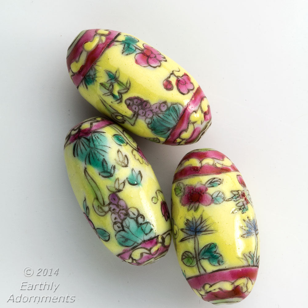 Vintage Chinese hand-painted oval porcelain beads 25x14mm 2 pcs.