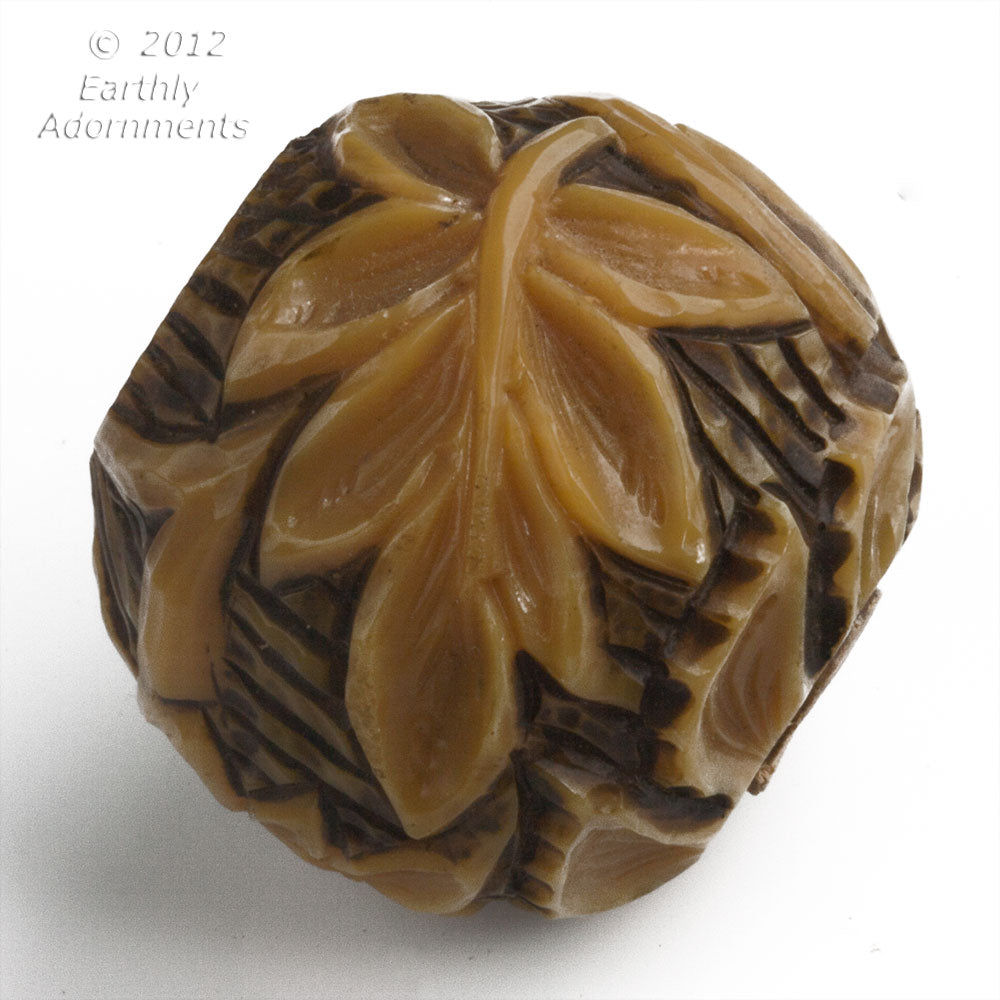 Fabulous one of a kind carved and stained bone umbrella handle. 40mm diameter. 1 piece. b3-bo177