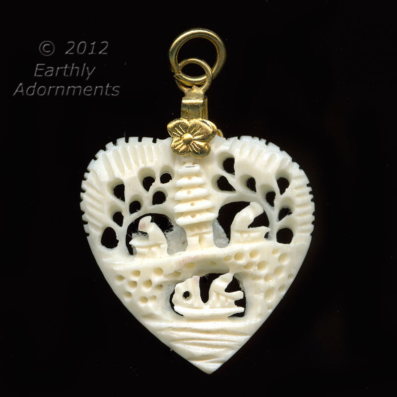 B3-iv17-vintage carved mammoth ivory heart, 25 x 28 mm 1 pc