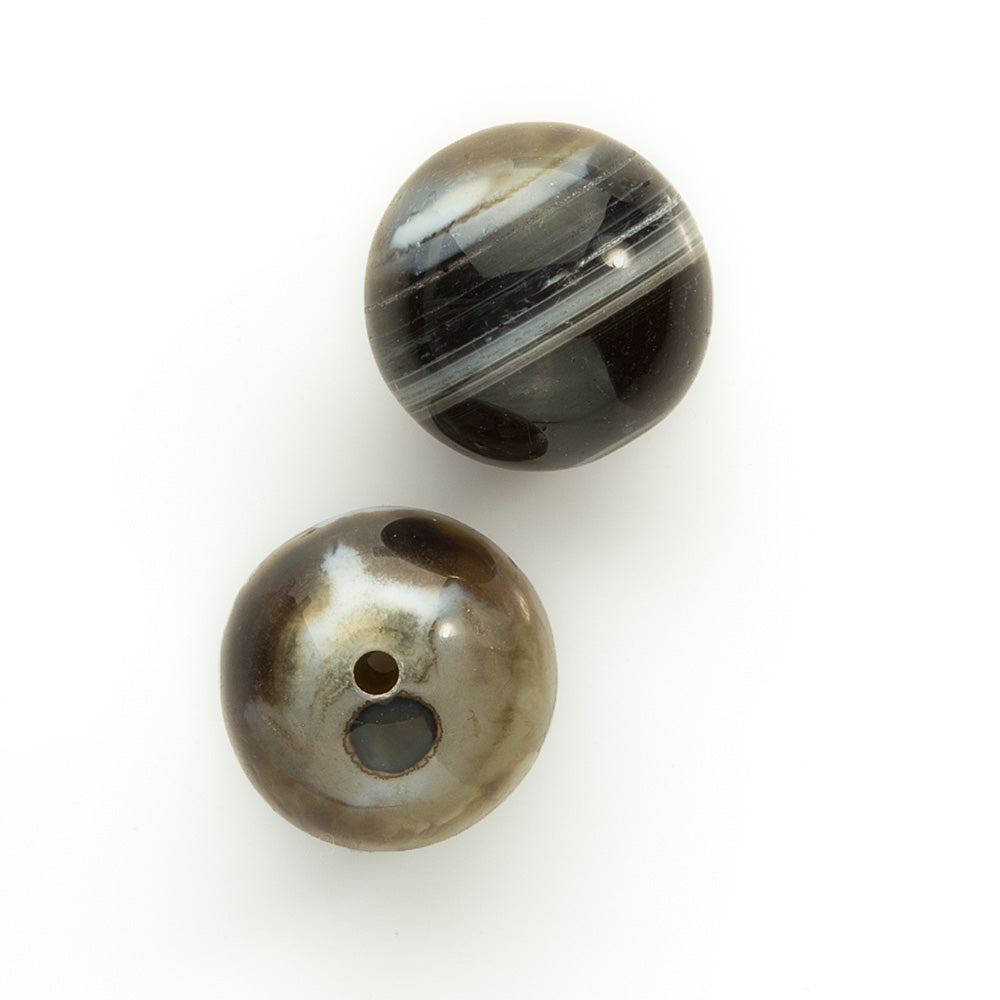 Beautiful black, brown and white banded agate beads. 16mm. Sold