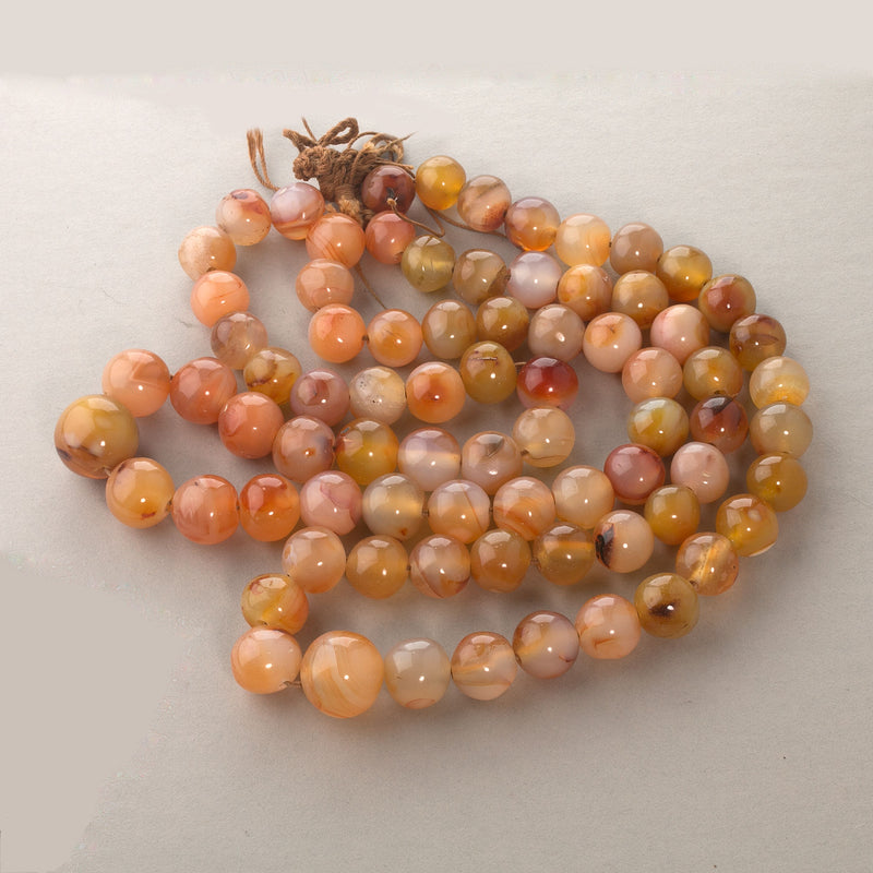 Round old Carnelian agates African trade beads 18 inch strand b4-car336