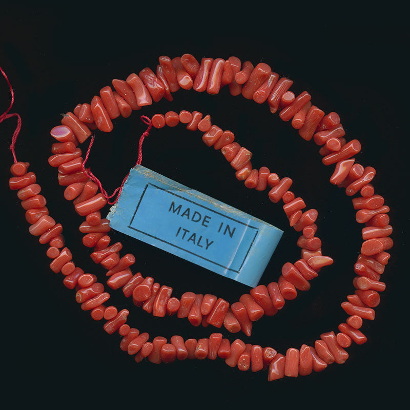 Vintage natural  Italian Mediterranean red Cupolini coral 15 inch graduated strand.  b4-cor369a