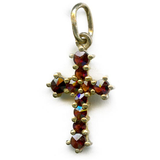 Vintage cross of Bohemian garnets and sterling silver vermeil. b4-gar205