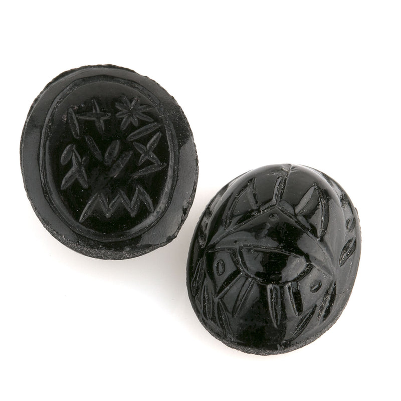 Molded opaque jet glass flat back scarab cabochons. Hieroglyphs on the back. Japan. 18x13mm. pkg 1. b5-0138f(e)