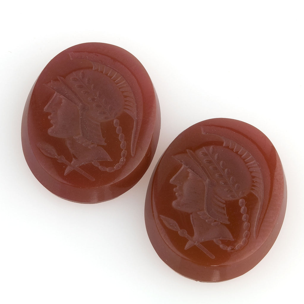 Vintage Roman soldier intaglio. 20x15mm. Pkg of 1. b5-389