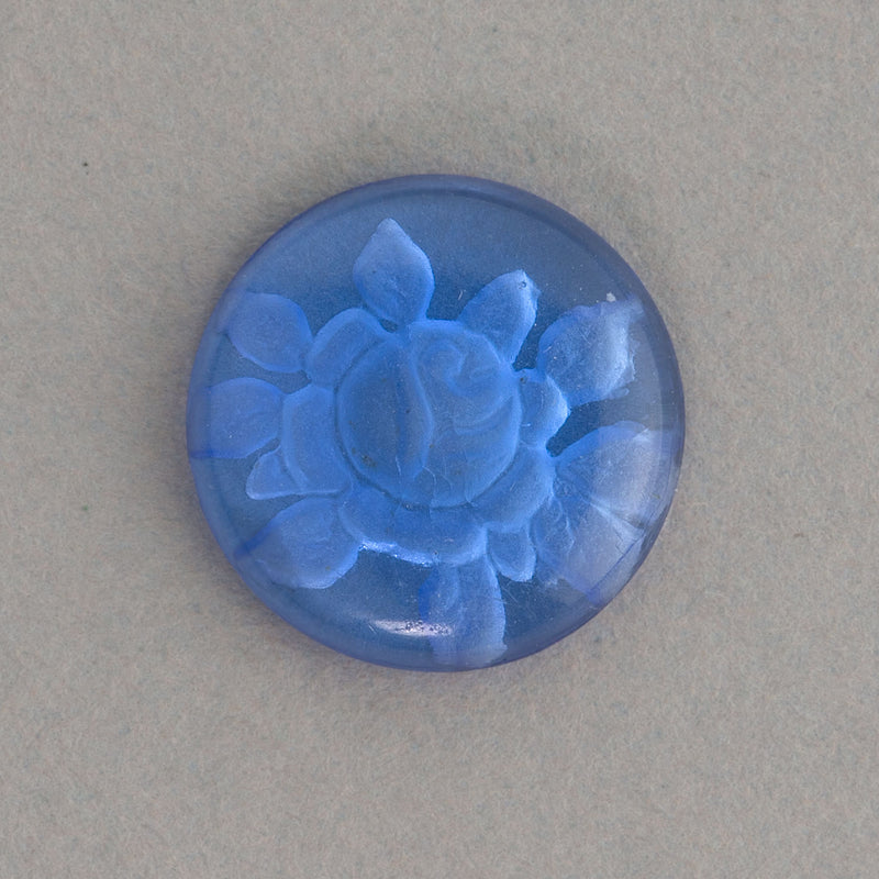 Vintage transparent sapphire blue flower round intaglio. 16mm. Pkg of 1. b5-404b