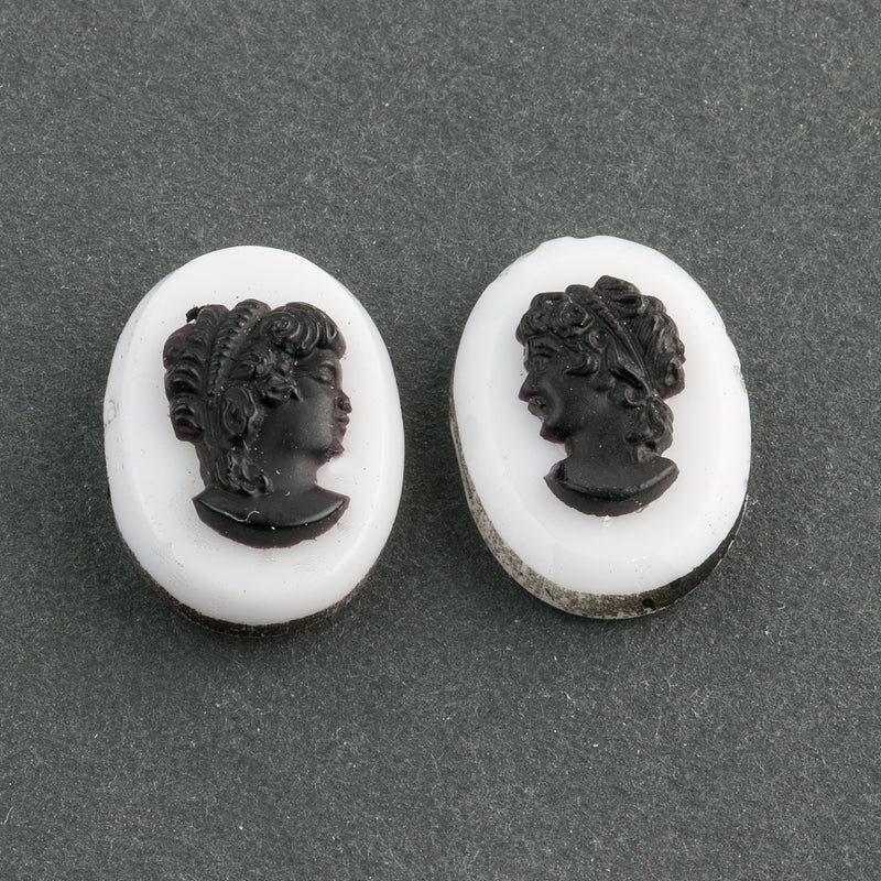 b5-486-Vintage black on white glass cameo, 18 x 12mm. Pkg of 2.