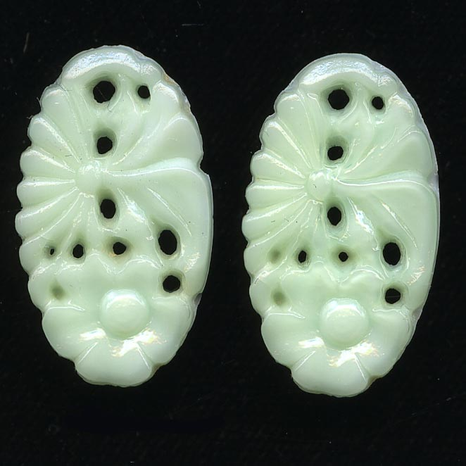 1920s Gablonz light mint green molded glass floral stone or pendant 21x12mm pkg of 2. b5-567
