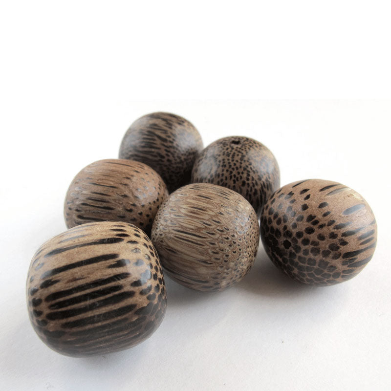 Vintage Palmwood rounds. 25mm.Philippines Pkg. of 4. B7-WO272(e)