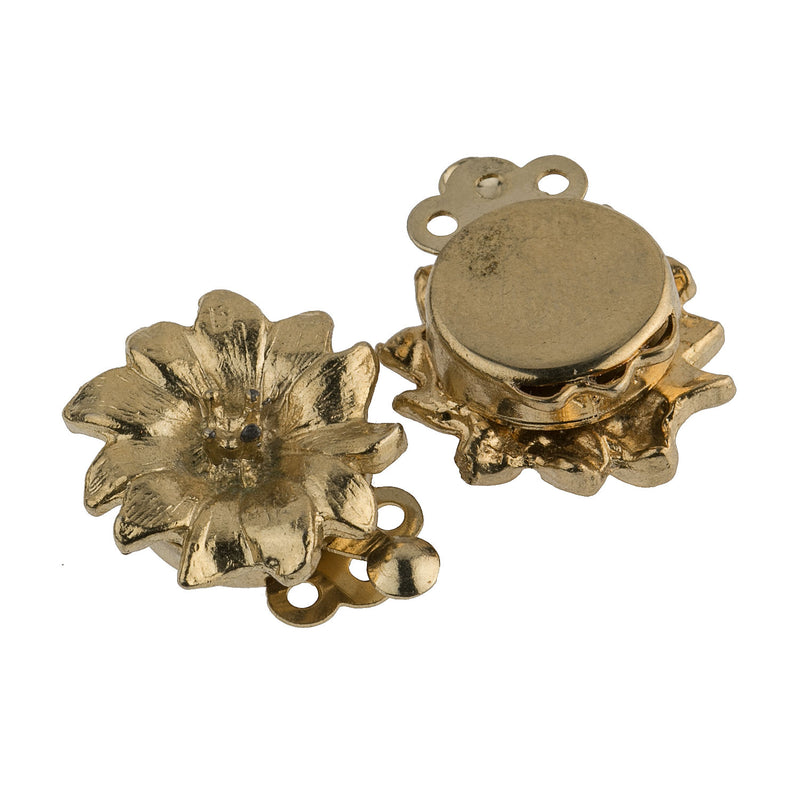 b8-0194-Vintage 18mm 3-strand flower clasp, pkg of 1