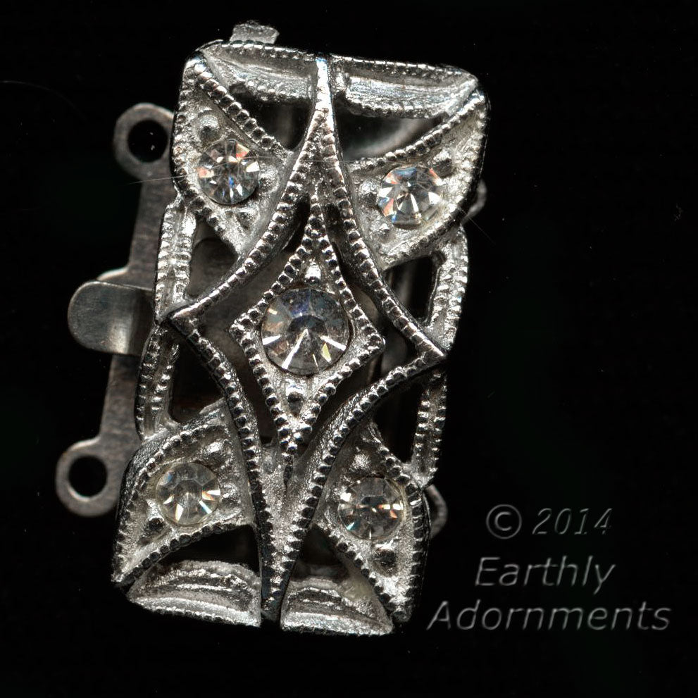Vintage rhinestone and silver 2-strand push-in box clasp. b8-299(e)
