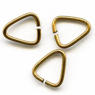 b9-0951-Red brass triangle jump rings. 7x5mm 100 pc bag