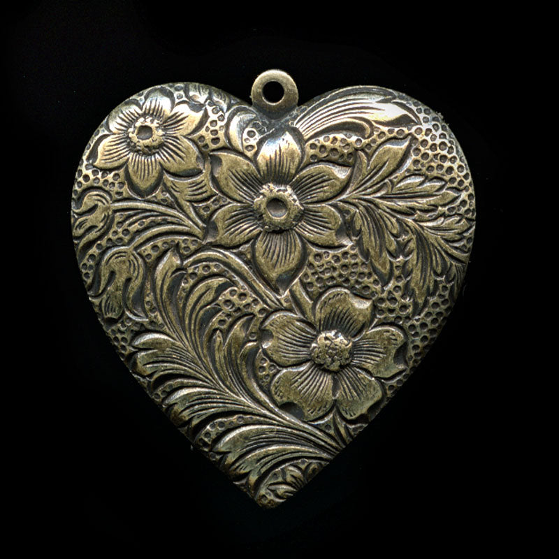 Victorian style stamped oxidized brass heart pendant. 22x28mm Pkg of 1. b9-0477(e)