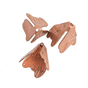 3-Sided Copper Over Steel Beadcap. Consists of 3 leaf shaped petals in a flexible pyramid. 18mm long. Pkg of 10.