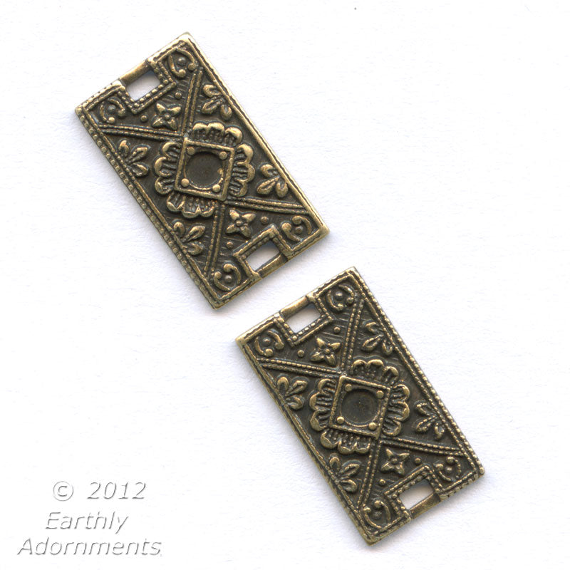 Fancy oxidized brass links with setting for 2mm flatback stone. 17x10mm. Pkg. 4. b9-0847