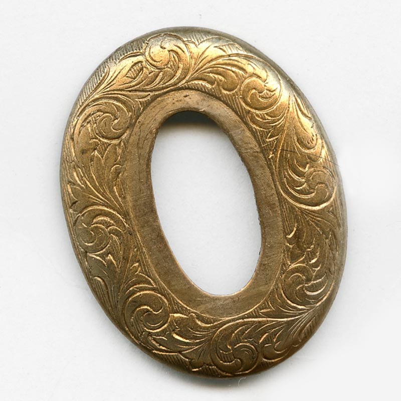 Vintage stamped brass fancy oval, 40x31mm, with a setting for a 25x15mm cabochon. Pkg of 1. b9-1030(e)
