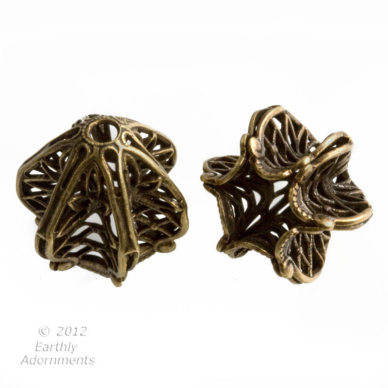 Fluted brass filigree beadcap.16mm with 6-8mm opening. 2 PCS. b9-2132(e)
