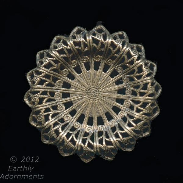 Oxidized brass 30mm diameter filigree rosette with setting for cabochon or stone. 12-15mm. 1 pc. b9-2178(e)