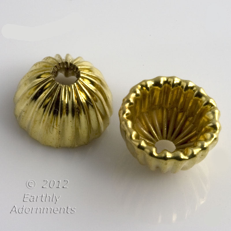 Vintage corrugated brass bead cap. 10x7mm. 10 pcs. b9-2176(e)
