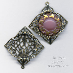 Oxidized brass filigree pendant with setting for 18mm cabochon. 32x35mm. 1 pc. b9-2183(e)