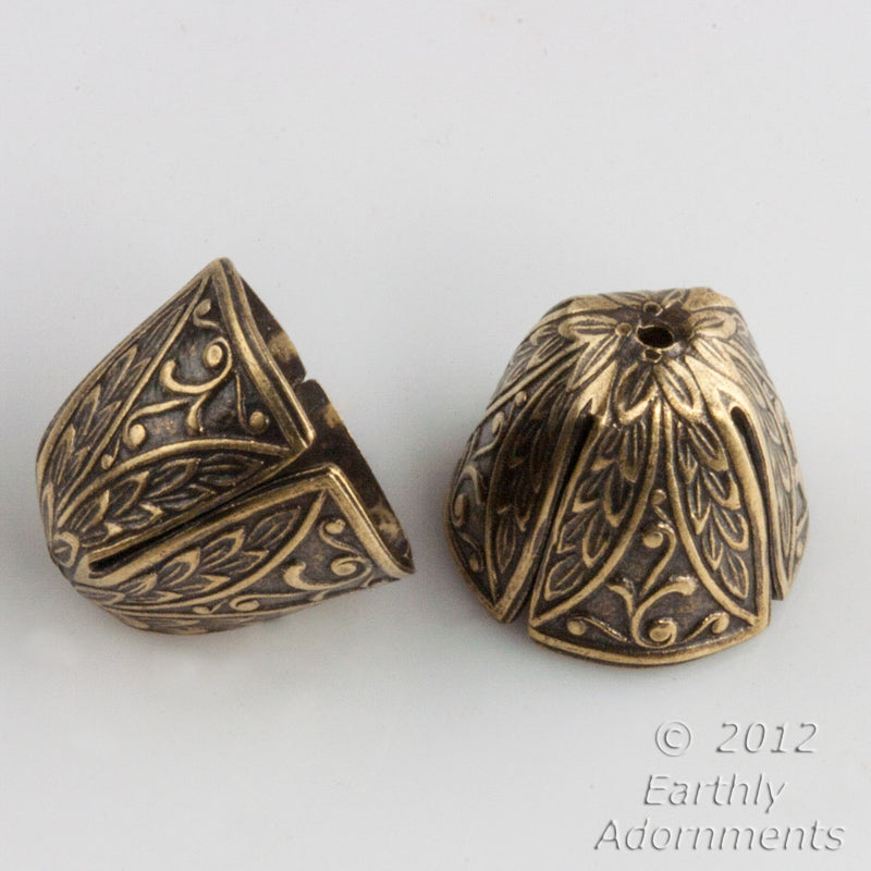 Oxidized brass embossed cone cap. 12x14 mm. 4 pcs. b9-2226