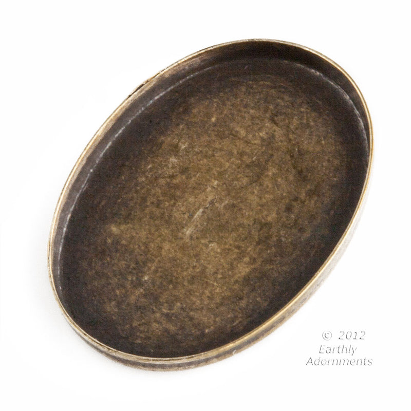 Oxidized brass 25x19mm oval bezel setting. 4 pcs. b9-2231(e)