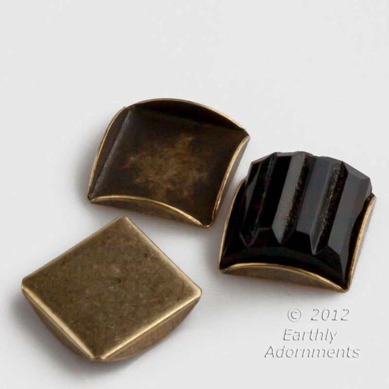 b9-2233-Oxidized brass scalloped edge 10mm square setting package of 4