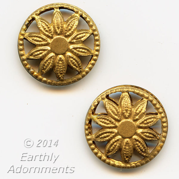 Vintage brass plated wheel connector with flower design.13mm.