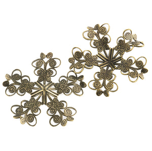 Antiqued annealed 5-petaled brass filigree wrap for a stone or cabochon 31.5mm in diameter. 1 pc. b9-2482