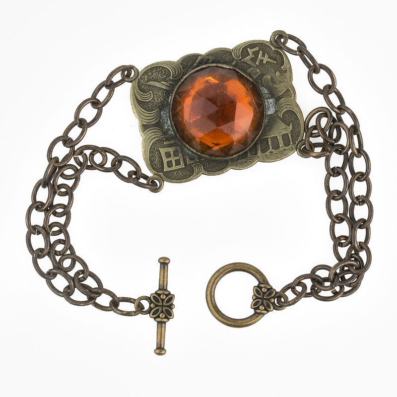 Vintage 1940's brass and amber glass bracelet. brvn112